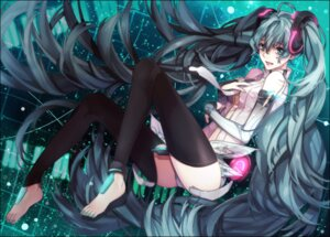 Rating: Questionable Score: 33 Tags: feet hatsune_miku miku_append thighhighs toya_kure vocaloid User: charunetra