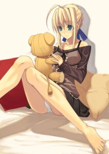 Rating: Safe Score: 31 Tags: fate/stay_night missing_link pantsu saber shingo User: KyubiFox