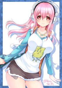 Rating: Safe Score: 48 Tags: headphones shibi sonico super_sonico User: mash
