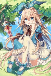 Rating: Safe Score: 66 Tags: alice alice_in_wonderland retsuto sword thighhighs User: Mr_GT