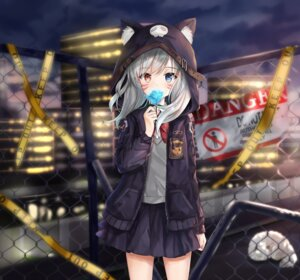 Rating: Safe Score: 43 Tags: animal_ears heterochromia lisu nekomimi seifuku sweater User: Mr_GT