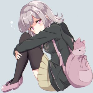 Rating: Safe Score: 35 Tags: dangan-ronpa dangan-ronpa_2 kobeni nanami_chiaki sweater thighhighs User: nphuongsun93