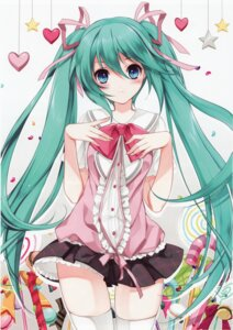 Rating: Safe Score: 143 Tags: hatsune_miku juna thighhighs vocaloid User: yong