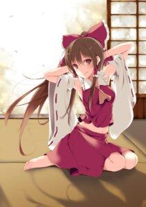 Rating: Safe Score: 57 Tags: fal_maro feet hakurei_reimu miko touhou User: aihost