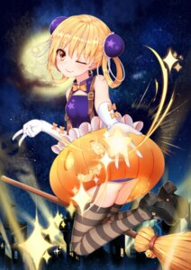 Rating: Safe Score: 58 Tags: dress halloween hanami_dango_(zzldango) heels stockings thighhighs User: Mr_GT