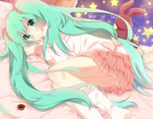 Rating: Safe Score: 43 Tags: hatsune_miku lots_of_laugh_(vocaloid) p0ckylo vocaloid User: hobbito