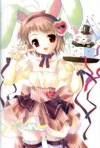 Rating: Safe Score: 14 Tags: animal_ears bunny_ears posh waitress User: petopeto