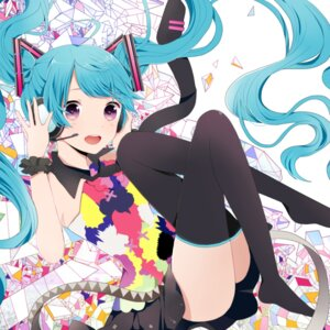 Rating: Safe Score: 36 Tags: hatsune_miku headphones komine thighhighs vocaloid User: Nekotsúh