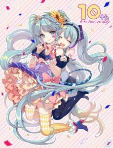 Rating: Safe Score: 27 Tags: hatsune_miku headphones heels pisuke tattoo thighhighs vocaloid User: Mr_GT
