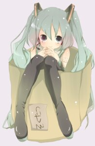 Rating: Safe Score: 14 Tags: hatsune_miku monako vocaloid User: charunetra