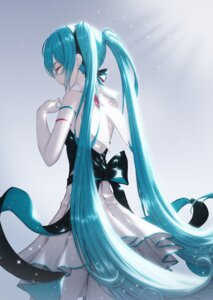Rating: Questionable Score: 21 Tags: dress hatsune_miku vocaloid yuka865 User: Dreista