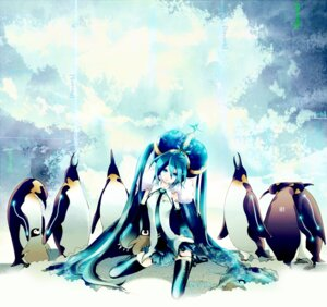 Rating: Safe Score: 10 Tags: hatsune_miku ichimaru_ano penguin thighhighs vocaloid User: anaraquelk2