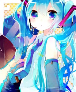 Rating: Questionable Score: 19 Tags: hatsune_miku remi vocaloid User: KazukiNanako