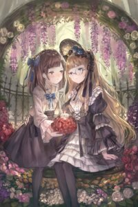 Rating: Safe Score: 23 Tags: dress gothic_lolita kobuta lolita_fashion megane yuri User: Mr_GT