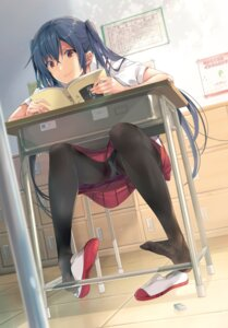 Rating: Questionable Score: 141 Tags: pantsu pantyhose see_through seifuku taira_tsukune User: kiyoe