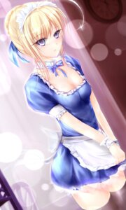 Rating: Safe Score: 51 Tags: fate/stay_night garyljq maid saber thighhighs User: 椎名深夏