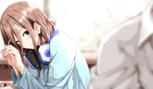 Rating: Safe Score: 38 Tags: 5-toubun_no_hanayome headphones nakano_miku sweater tagme User: fairyren