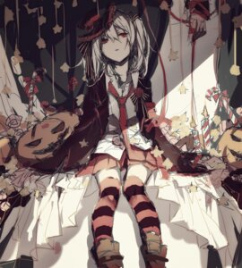 Rating: Safe Score: 40 Tags: halloween pudding thighhighs User: anndoes