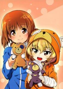 Rating: Safe Score: 8 Tags: bandages bandaid girls_und_panzer kanau nishizumi_miho pajama shimada_arisu User: drop