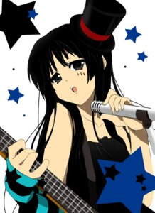 Rating: Safe Score: 6 Tags: akiyama_mio iga_tamaki k-on! User: Syko83