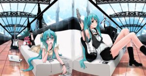 Rating: Safe Score: 18 Tags: hatsune_miku megane mille vocaloid User: yumichi-sama