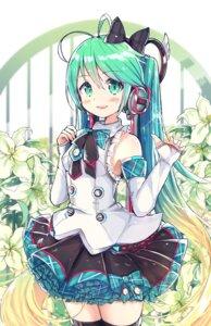 Rating: Safe Score: 34 Tags: hatsune_miku headphones namuya_(dlcjfgns456) thighhighs vocaloid User: Mr_GT