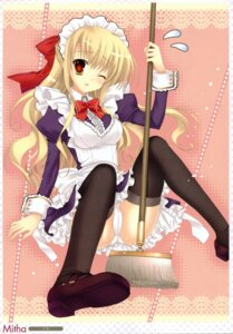 Rating: Questionable Score: 53 Tags: cameltoe maid mitha pantsu thighhighs User: midzki