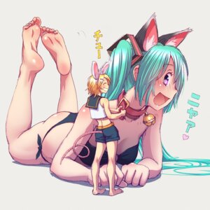 Rating: Safe Score: 57 Tags: animal_ears ass bikini cleavage hatsune_miku kagamine_rin nekomimi swimsuits tail vocaloid wokada User: RaulDJ747