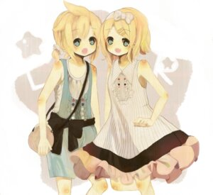 Rating: Safe Score: 7 Tags: dress kagamine_len kagamine_rin meisa vocaloid User: yumichi-sama