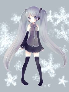 Rating: Safe Score: 12 Tags: hatsune_miku ou thighhighs vocaloid User: charunetra