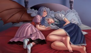 Rating: Safe Score: 24 Tags: feet inuzuka_bouru izayoi_sakuya remilia_scarlet touhou User: Mr_GT