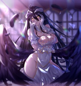Rating: Safe Score: 68 Tags: albedo_(overlord) black_fire horns overlord wings User: hiroimo2