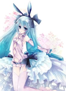 Rating: Safe Score: 24 Tags: hatsune_miku mesubuta stockings thighhighs vocaloid User: fairyren
