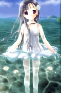 Rating: Questionable Score: 15 Tags: dress posh summer_dress wet_clothes User: petopeto