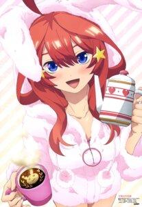 Rating: Safe Score: 49 Tags: 5-toubun_no_hanayome animal_ears bunny_ears nakano_itsuki sugimura_ayako User: drop