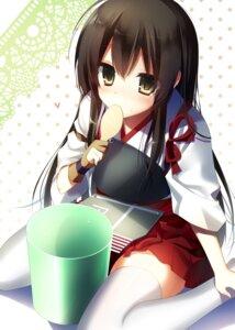 Rating: Safe Score: 40 Tags: akagi_(kancolle) kantai_collection thighhighs yoruneko User: tbchyu001