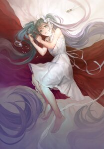Rating: Safe Score: 24 Tags: dress hatsune_miku karacoroxx vocaloid User: Mr_GT
