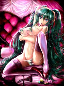 Rating: Questionable Score: 53 Tags: bra cameltoe hatsune_miku lingerie pantsu riria thighhighs underboob undressing vocaloid User: charunetra