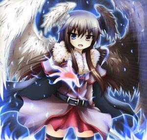 Rating: Safe Score: 21 Tags: bellezza_felutia greenteaneko heterochromia sword trap wings User: felutia