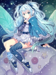 Rating: Safe Score: 52 Tags: dress fuyu_no_yoru_miku guangfu_bao_tong_meng0-0 hatsune_miku thighhighs vocaloid User: Mr_GT