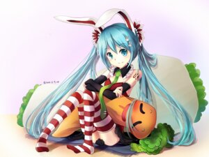 Rating: Safe Score: 49 Tags: bison hatsune_miku thighhighs vocaloid wallpaper User: fireattack