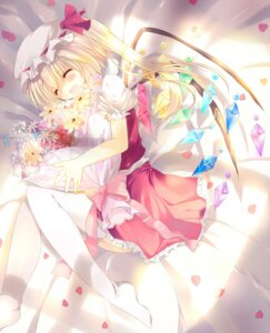 Rating: Safe Score: 17 Tags: flandre_scarlet kinoko thighhighs touhou User: fireattack