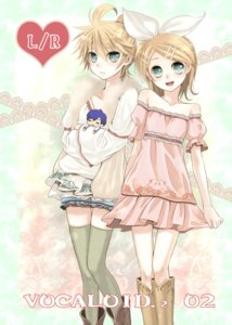 Rating: Safe Score: 13 Tags: kagamine_len kagamine_rin kaito tamara thighhighs trap vocaloid User: Radioactive
