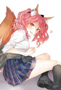 Rating: Safe Score: 27 Tags: animal_ears caster_(fate/extra) fate/grand_order seifuku sweater tagme tail User: hiroimo2