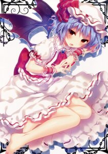 Rating: Safe Score: 62 Tags: eterna-radiare remilia_scarlet riichu touhou wings User: Mr_GT