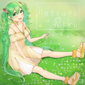 Rating: Safe Score: 24 Tags: cleavage dress hatsune_miku mizuiro_32 signed vocaloid User: Mr_GT