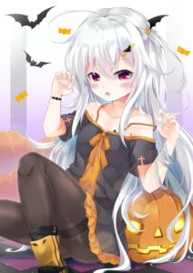 Rating: Questionable Score: 3 Tags: bandages cleavage dress garter halloween pantyhose siroyuki skirt_lift tagme tattoo User: sym455