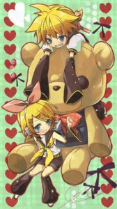 Rating: Safe Score: 6 Tags: headphones kagamine_len kagamine_rin teito vocaloid User: charunetra