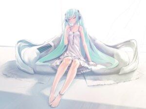 Rating: Safe Score: 33 Tags: dress hatsune_miku last_night_good_night_(vocaloid) redjuice vocaloid User: yumichi-sama
