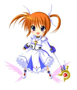 Rating: Safe Score: 13 Tags: chibi kuena mahou_shoujo_lyrical_nanoha takamachi_nanoha weapon wings User: SubaruSumeragi